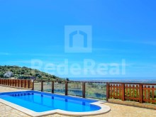 DETACHED HOUSE 4 Bedrooms For SALE In ESTOI, FARO