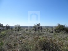 Plot of urban land with sea views in quiet area for sale in Tunes, Albufeira