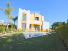 MAGNIFICENT  DETACHED HOUSE 5 BEDROOM for SALE in PRESTIGIOUS AREA, GALÉ, ALBUFEIRA