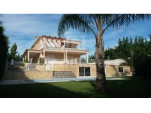 VILLA with 3 BEDROOMS for SALE in ALCANTARILHA, SILVES, ALGARVE
