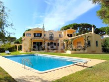 HOUSE WITH SIX BEDROOMS FOR SALE IN VILAMOURA, ALGARVE
