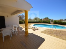 DETACHED HOUSE with 3 bedrooms, a VIEW FIELD for SALE in ALBUFEIRA%18/24
