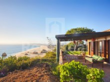 Excellent villa with a privileged view over the ocean with 3 bedrooms in suite