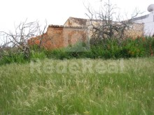 Ruin with 3000m2 of land near the beach in the Algarve%9/9