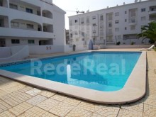 1 bedroom apartment with communal pool and garden