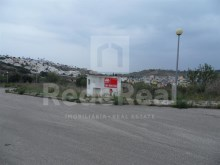 Plot of land for sale in Albufeira, next to the Marina with unobstructed views.