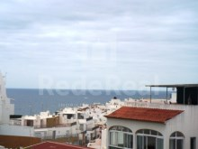 3 bedroom apartment in a building overlooking the sea and close to the beach for sale in Albufeira
