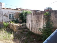 Old House to retrieve in the Algarve%9/14