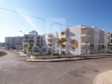 Shop in Albufeira in condominium with swimming pool and Garden%2/7