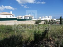 For sale plot of 462 square meters for construction of single-family housing.