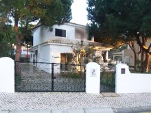 4 bedroom villa near the beach in Albufeira, Algarve