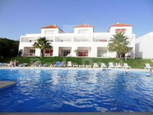 1 bedroom apartment for sale in Albufeira, situated in a gated community.