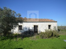 Ground with 16340 m2 ruin for sale in the Ferreiras, Albufeira.