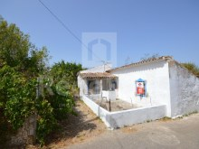 Villa to restore for sale in Paderne, Albufeira