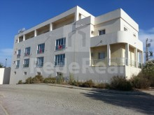 space 490m for services, Commerce and industry, for sale in Albufeira