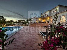 Luxury villa with 5 bedrooms for sale