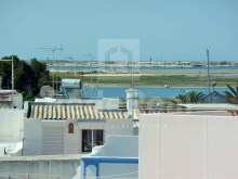 Villa with 4 bedrooms for sale in Olhão Centre with nice view to Ria Formosa