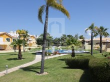 Excellent town house with a habitable area of 250m2 for sale