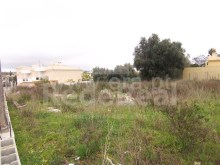 Rustic land for sale with 1800m2 in the center of the Ferreiras, Albufeira.