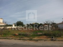 For sale plot of 1,000 m2 with approved project for Villa with 309 m2 construction area