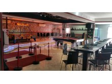Bar located in busy area equipped for sale in Albufeira