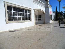 Restaurant with large areas ready to work with approximately of 120 seats for sale in Sesmarias, Albufeira