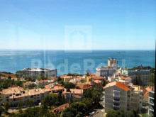 Apartment for sale with 4 bedrooms, stunning view of Sea, over the Bay of Cascais to Lisbon, views of the Serra de Sintra.