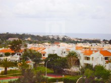 Studio apartment with sea views for sale in Montechoro, Albufeira