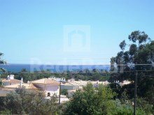Villa with three bedrooms, swimming pool and garden for sale in Balaia, Albufeira