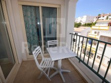 Apartment for sale with excellent finishings and good areas in the Centre of Albufeira