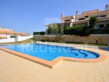 Villa V2 + 1 ground floor with great indoor and outdoor areas located in a noble area of Albufeira