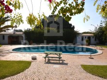 Detached house 200 m from the beach in Albufeira