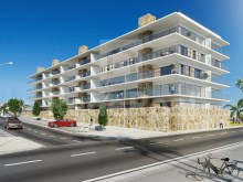 Albufeira Design Apartment with Panoramic swimming pool in the city centre