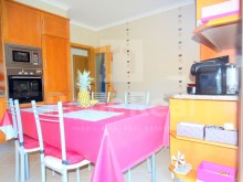 T3 duplex apartment in Olhao-kitchen%12/20