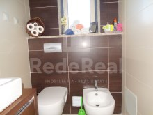 3 bedroom duplex apartment in Olhao-Toilet service%17/20