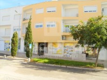 Apartment t2 +1 for sale in albufeira near the beach