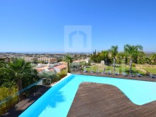 Villa with magnificent sea view for sale in Albufeira (33)%33/54