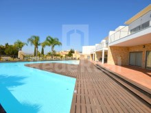 Villa with magnificent sea view for sale in Albufeira (48)%46/54