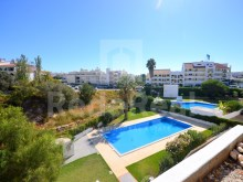 For sale 1 bedroom with pool, central, albufeira,