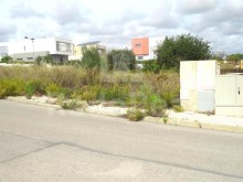 Plot of land for construction of single-family housing at 3 km from the beach of Armação de Pêra Algarve