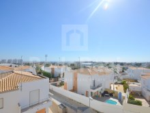 2 bedroom apartment for sale in albufeira with sea view