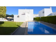 detached house 5 bedrooms with pool 10 minutes from Albufeira