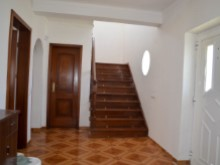 House 4 Bedrooms Santarém Hall%9/20