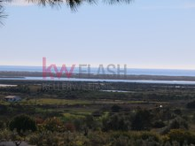 Building plot with 358 m ² in Tavira. |