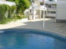 Piscina e barbacue%1/23
