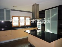Kitchen, Luxury Villa with 6 bedrooms, Lisbon - Portugal Investe%8/33