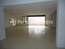 Basement, garage access, Luxury Villa with 6 bedrooms, Lisbon - Portugal Investe%28/33