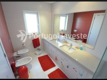 For Sale Vila, Albufeira. Portugal Investe (Suite's bathroom)%14/20
