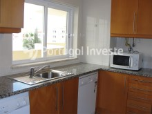Apartment T2 for sale, good location, sea view at Albufeira - Kitchen%8/10