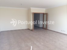 2 bedroom apartment, new, condo with pool and parking, in Albufeira, Algarve - Portugal Investe%2/8